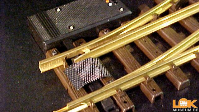 Elektrische Weiche links R1 30 Grad