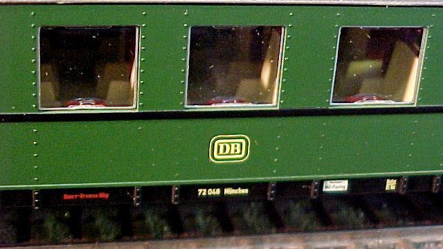 Schnellzugwagen 2.Klasse der DB