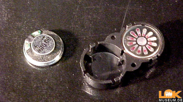 Zwei Lautsprecher 16mm oval 8 Ohm
