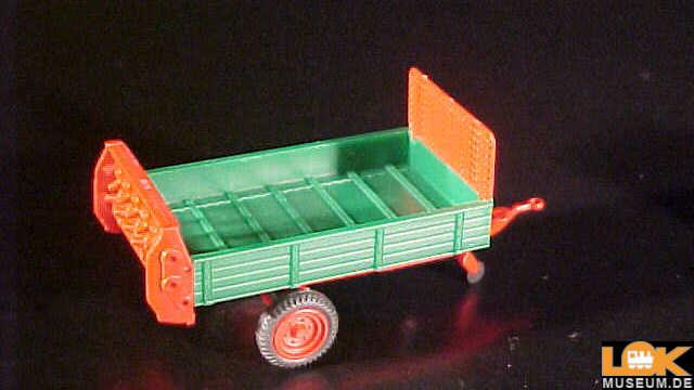 Anbaupflug Dungstreuer Anhänger Schweinetransport