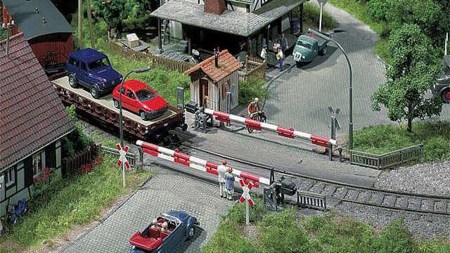 Beschrankter Bahnübergang