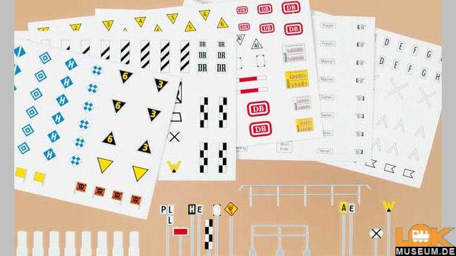 Eisenbahn-Signaltafeln und Schilder