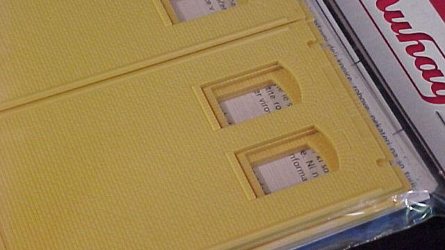 Wände 2410G gelb