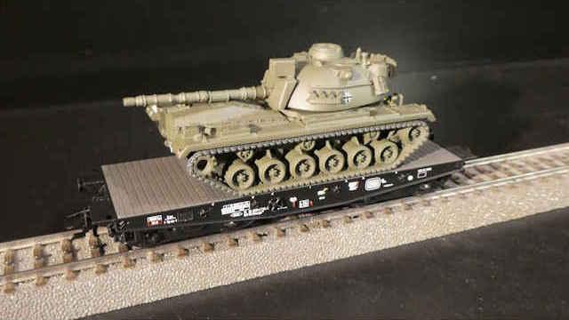 Schwerlast-Flachwagen der DB AG M48