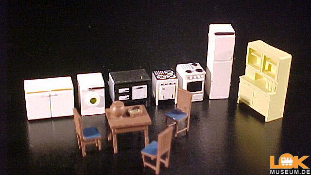 Möbel für Küche und Esszimmer