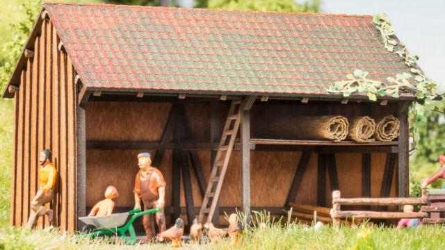 Holzscheune