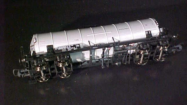 ROCO 67310 Knickkesselwagen Typ Zaes DR H0