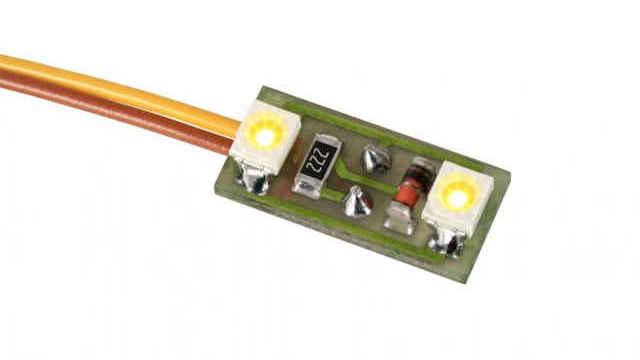 Hausbeleuchtung 2 LEDs warmweiß