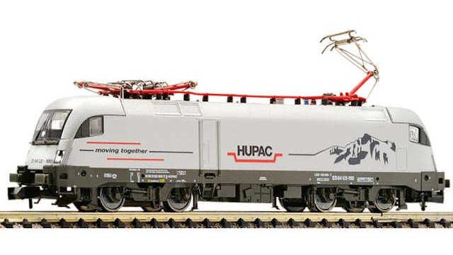 Elektrolokomotive BR 182 der HUPAC