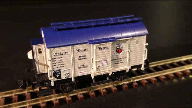 Weinfasswagen Unkeler Winzer Verein der DRG