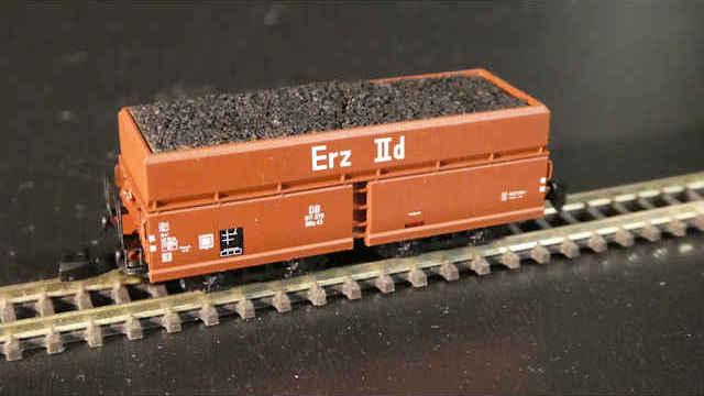Selbstentladewagen OOtz 43 der DB